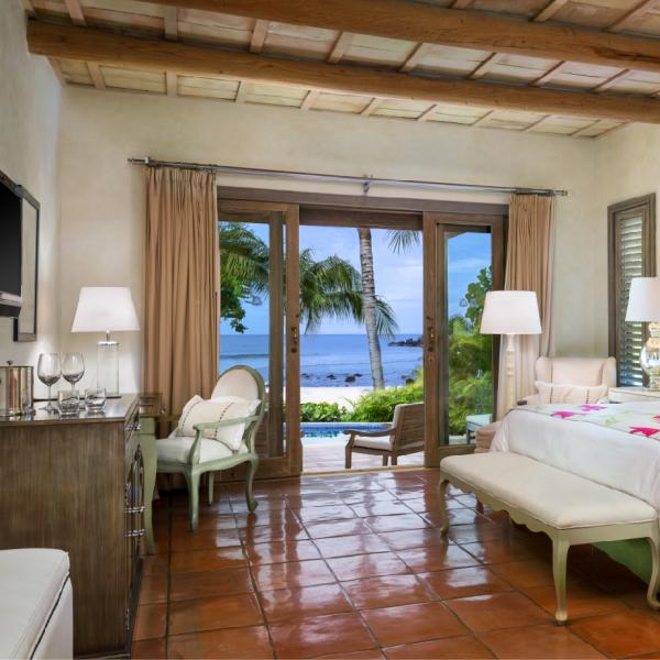 Suite Sueños (1 king bed and 2 qeen beds – for up to 4 adults)