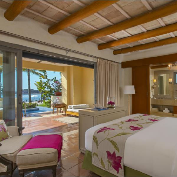 Suite Amanecer (2 king beds and 2 queen beds - for up to 8 adults)